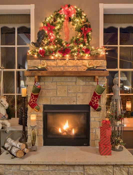 Jail Hill Inn, Galena, Illinois, Fireplace, Christmas