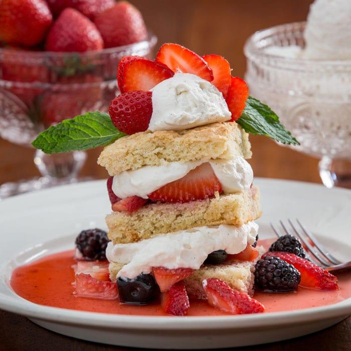 Jail Hill Inn, Galena, Illinois, food, strawberries