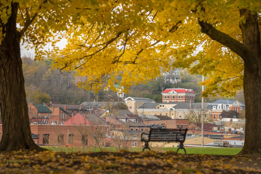 Stay at the Best Galena Bed and Breakfast This Fall - it's one of the best places to stay in Galena!
