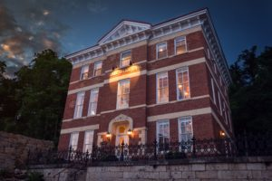 Romantic getaway at our Bed and Breakfast in Illinois - one of the best places to stay in Galena IL