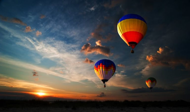 Stunning views like these await in galena when you ride a hot air balloon in Illinois!